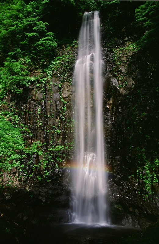 玉簾の滝虹彩